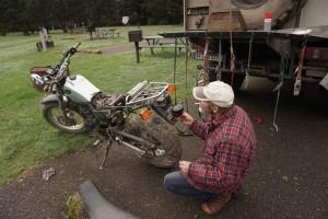 011 Motorrad reparatur
