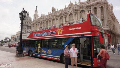 052 Bustour